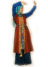верхняя безрукавка из х/б, нижние рубашки шерстяные, чалма - голубой шелк, отделка - бисер, вышивка
